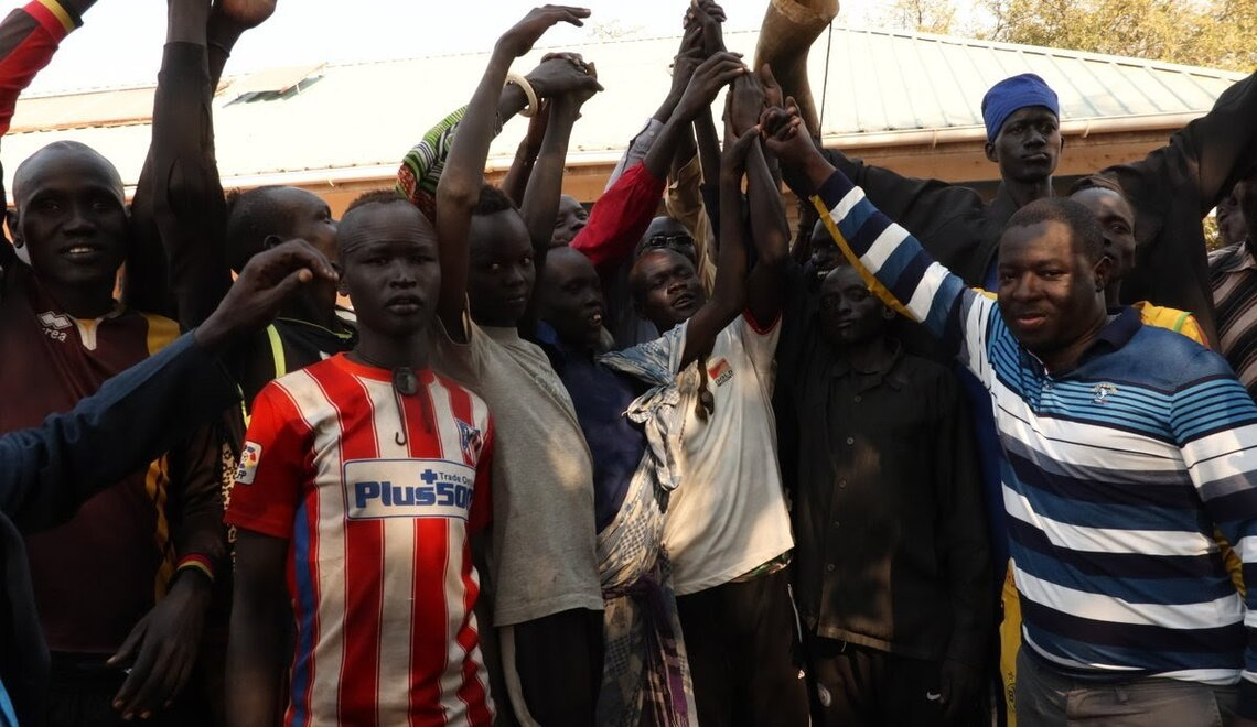 After years of intra-ethnic violence, South Sudanese youth leaders support the signing of a truce between the Kuei, Rup and Pakam communities. Photo by: UNMISS
