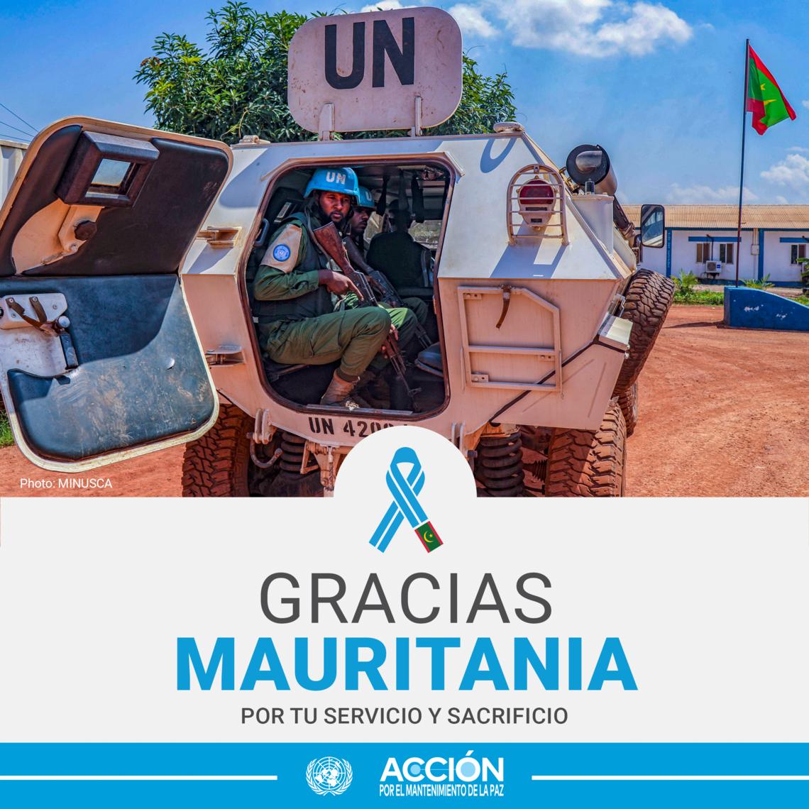 Tarjeta de tres cascos azules de Mauritania y el texto: Gracias, Mauritania, por tu servicio y sacrificio.