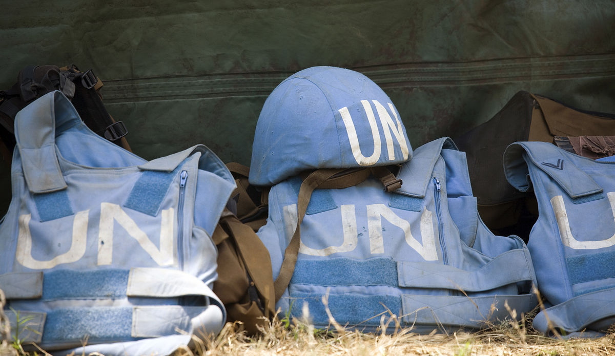 Peacekeeping helmet and vests